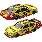 CLINT BOWYER 33 CHEERIOS FLASHCOAT SILVER 2011